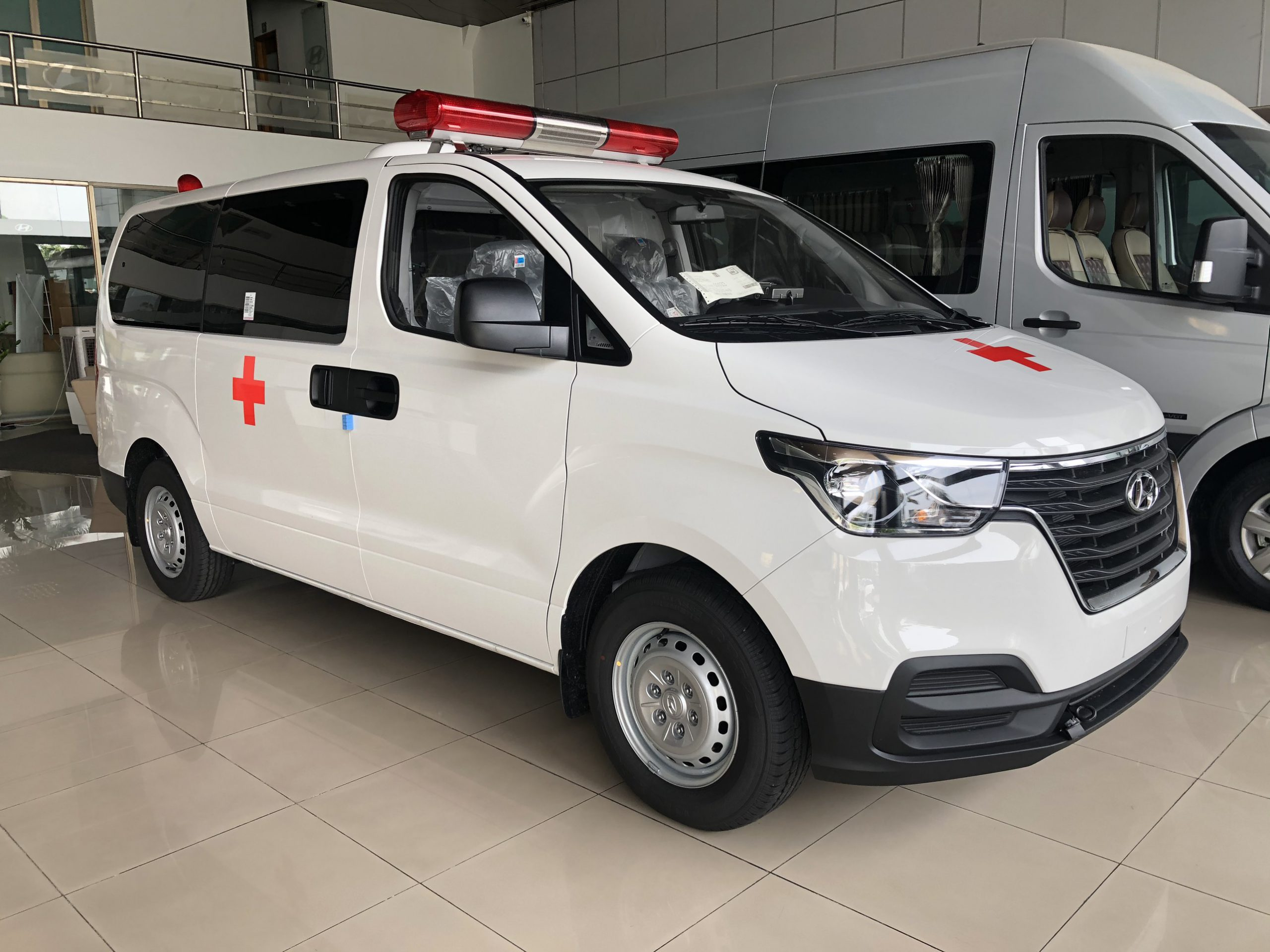 mua xe cứu thương tại Bắc giang