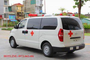xe cứu thương hyudai starex